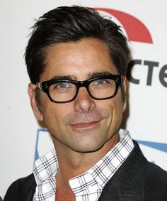 John Stamos just shared the first photos from the Fuller House set!