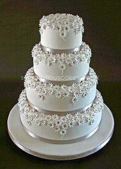 Stunning! Silver and  White Daisy Wedding Cake #weddingcakes
