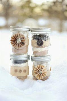 {Lovely Masons} Mason Jar Favor Packaging