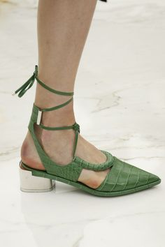 Salvatore Ferragamo Spring 2016 Ready-to-Wear Accessories Photos - Vogue Salvatore Ferragamo, Sock Shoes, Shoe Boots, Zapatos Shoes, All About Shoes, Green Shoes, Trendy Shoes, Beautiful Shoes, Shoe Collection