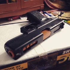 "Glock 18 ""Tropico"""