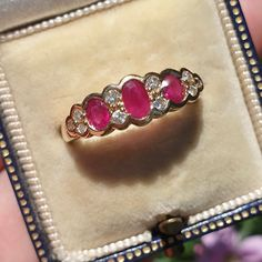 Antique Rings For Sale, Antique Gold Rings, Vintage Rings, Antique Jewelry, Vintage Jewelry, Gold Jewelry For Sale, Red Jewelry, Jewelry Gifts, Fine Jewelry