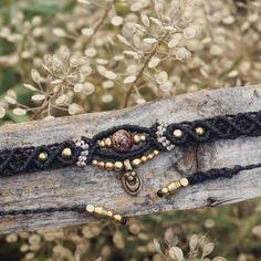 #soononEtsy #Choker #black #Kette #makramee #macrame #makrameeschmuck #macramejewelry #schmuck #handmade #handmadejewelry #handgemacht #sonyalpha6000 #sonya6000 #handicraft #berlin #madewithlove #madeinberlin #flowers #garden #gipsyjewelry #bohostyle #blumen #perlen #jewelry #etsy #ersyde #jewelrydesigner #makramé