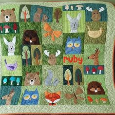 This gorgeous Woodland Critters quilt made by Kathee makes me so happy! Can you believe it\'s all needle-turn applique?  .  .  .    #applique #quilts #quilting #makeitsewcial #makersgonnamake #quiltsofinstagram #madebyhand