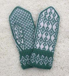 Dagens kjøpeoppskrift: Frøyas votter | Strikkeoppskrift.com Knit Mittens, Mitten Gloves, Knitted Hats, Chart Design, Wrist Warmers, Fair Isle Knitting, Knitting Stitches, Textile Art, Knit Crochet