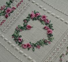 Sew in Love: bullion roses Saree Kuchu Designs, Hardanger Embroidery, Embroidery Thread, Needle Lace, Embroidered Flowers, 4 Months, Wild Flowers, Crazy Quilting, Needlecrafts