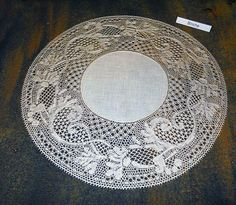 Terug naar 't kantkussen 2 Bobbin Lace Patterns, Lacemaking, Needle Lace, Black Rings, String Art, Doilies, Tatting, Diy And Crafts, Projects To Try
