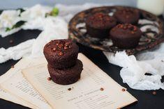 Muffins σοκολάτας με κολοκύθι (χωρίς ζάχαρη) Muffins, Cookies, Breakfast, Desserts, Food, Breakfast Cafe, Tailgate Desserts, Biscuits, Deserts