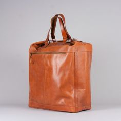 royal republiq casette traveler bag
