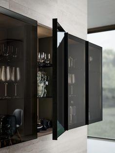 Interior Design Blogs, Black Interior Design, Interior Design Kitchen, Kitchen Modular, Loft Kitchen, Home Decor Kitchen, Curio Cabinet Decor, Glass Kitchen Cabinet Doors, Glass Doors