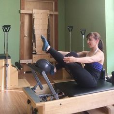 If you push the ball with your foot rather than straighten the leg away from it, the ball will go flying. 🔴 stabilize the foot on the ball… Pilates Training, Pilates Workout, Pilates Reformer Exercises, Pilates Barre, Pilates Studio, Pilates Routines, Pilates Fitness, Workouts, Pilates Equipment