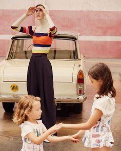 """Un lavadero de coches es el escenario de verano de una guerra de agua entre madres e hijas. Un lugar en el que las tendencias lo empapan todo de colores preciosos  """"Una tarde de 'Car Wash"""" (Fotografía: @anouk_nitsche Realización: @mafernavas ) via VOGUE SPAIN MAGAZINE OFFICIAL INSTAGRAM - Fashion Campaigns  Haute Couture  Advertising  Editorial Photography  Magazine Cover Designs  Supermodels  Runway Models"""