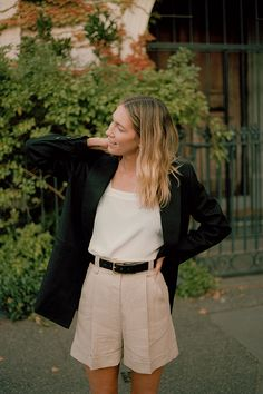 Its wide adjustable straps cut a flattering shape on the body. Made from beautiful Silk Crepe De Chine which drapes beautifully Linen Blazer, Linen Shorts, Looks Style, Style Me, Spring Summer Fashion, Spring Outfits, Into The Fire, Workwear Fashion, Black Linen