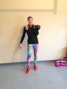 Before we get to the workout, I have to share my thoughts on Onzie [pronounced Own-Zee] workout...