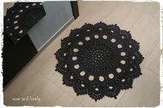 Tapis rond au crochet en 100% coton couleur gris antracite