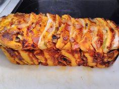 Ελληνικές συνταγές για νόστιμο, υγιεινό και οικονομικό φαγητό. Δοκιμάστε τες όλες Cookbook Recipes, Cooking Recipes, Pizza And More, Party Finger Foods, Greek Recipes, Food Dishes, Macaroni And Cheese, Picnic, Food And Drink
