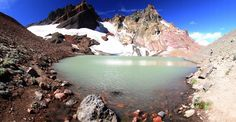 THIS JAW-DROPPING HIDDEN LAKE IN OREGON HAS NO NAME