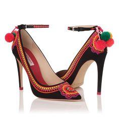 L.K. BENETT LONDON: Zapatos y bolsos exclusivos también en Barcelona | DolceCity.com