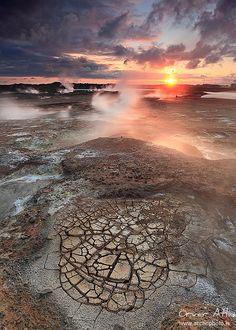 """Cracked Ground - Gunnhver geothermal areas at Reykjanes, Iceland"" by orvaratli on flickr.com"