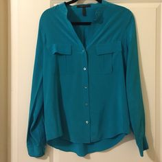 """BCBGMAXAZRIA 100% silk blouse BCBGMAXAZRIA Silk Crepe de Chine button down in Royal blue. Long sleeves with button cuffs. About 27"""" from shoulder to hem. Size small. BCBGMaxAzria Tops Button Down Shirts"""