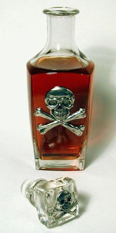 """Sweet decanter for darker colored spirits! Magic Bottles, Goth Accessories, Alcohol, Potion Bottle, Luxury Homes Interior, Skull Art, Decanter, Dark Art, Liquor"