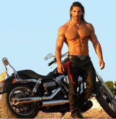 guys on motorcycles - Bikes, Motorcycles, Hot Bad Boys, Ink. Sexy Biker Men, Lr Partner, Gideon Cross, Native American Men, Hommes Sexy, Raining Men, Good Looking Men, Muscle Men, Hot Men