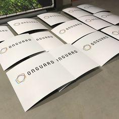 Parkeerbordjes voor uw bedrijf #eigenparkeerbord #luxurylook #reclamezuilen #sign #reflection #reclame #auto #autobelettering #wrap #carwrap #details #detailsmatter #reclameplaatsen #reclamebordentotaal #reclameopmaat #gelderland #meshdoek #dutch #fotografie #hd