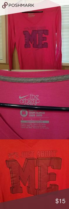 Nike long sleeve Nike,hot pink,excellent condition, non smoking Nike Tops Tees - Long Sleeve