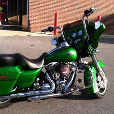 2011 Harley-Davidson FLHX Street Glide Touring Cruiser , Green, 10,900 miles for sale in Calabasas, CA