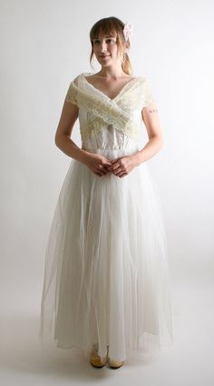 1950s Wedding Dress Spring Vintage Pure White and Lemon by zwzzy, $168.00