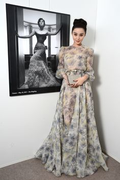 Fan Bingbing in Valentino Couture, Cannes Film Festival, 2012 Muslim Fashion, Asian Fashion, Hijab Fashion, Fashion Dresses, Evening Outfits, Evening Dresses, Fan Bingbing, Valentino Couture, Haute Couture Dresses