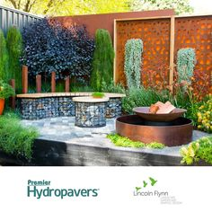 Lincoln Flynn took out two of the top prizes at this year's Melbourne International #Flower and #Garden Show, using Premier Hydropavers #permeable #pavers.