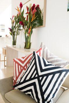 Tropical - Geometric I LINT and HONEY pillows