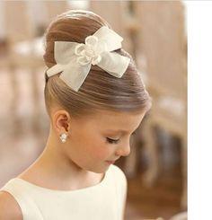 Kız Çocuk Topuz Saç Modelleri 2017