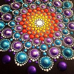 detail painting mandala dot-art by Tessa Smits
