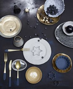 Feestelijk servies | Festive tableware | Styling Anke Helmich | Fotografie Dana van Leeuwen | vtwonen feestspecial december 2015