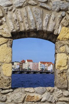 ✮ Caribbean view of Curacao