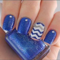 Top Chevron Nail Art Designs For 2016 Blue Chevron Nails, Blue Nails, Glitter Chevron, Blue Glitter, Gorgeous Nails, Pretty Nails, Healthy Nails, Nagel Gel, Prom Nails