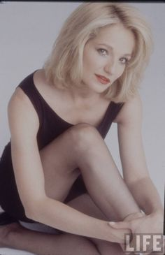 Ellen Barkin in Man Trouble Ellen Barkin, Celebrity Bodies, Life Pictures, Movie Stars, Actors & Actresses, Celebrities, Lady, Cobbler, Acting