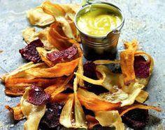 Ψητά τσιπς λαχανικών Τραγανά σπιτικά τσιπς που αξίζει να δοκιμάσετε.