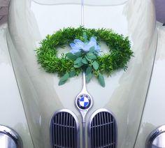 Wunderschöner BMW-Oldtimer zur Hochzeit... Zauberhaft!!! Made by Floristin Kerstin Adrian