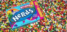 that awkward moment when your friend dumps an entire box of nerds in your hand Nerds Candy, Yummy Treats, Yummy Food, Snack Recipes, Snacks, Willy Wonka, Favorite Candy, Pop Tarts, Sweet Tooth