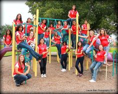 Soccer team photo pose idea from Laurie Blair Photo in Terrell TX.  www.facebook.com/laurieblairphoto