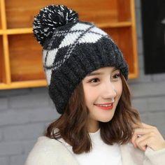 33 Best pom pom bobble hat for women winter knit hats images ... a7d48bf3d