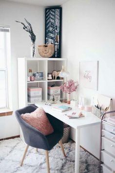 Check out the reveal of this absolutely stunning home office makeover! Includes tons of great organization ideas! Home Office Setup, Home Office Organization, Home Office Space, Home Office Design, Office Ideas, Organization Ideas, Office Designs, Pink Home Offices, Feminine Home Offices