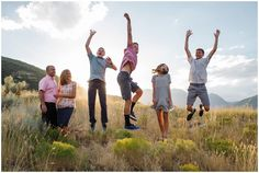 Jamie Tervort Photography   Benson Family   Big Springs Park, Provo Canyon Utah   Utah Family Photography   Family of six pose ideas   older teenage kids   aspen trees   Fall Family pictures