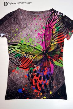 woman  butterfly print top t shirt and tank 2xs  by hellominky