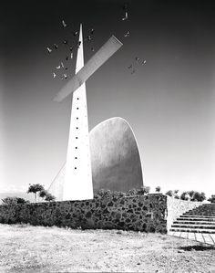 La capilla de Palmira, Las Lomas de Cuernavaca, Morelos, México 1959  Arqs. Guillermo Rosell, Manuel Larrosa, y Félix Candela  Foto. Armando Salsa Portugal -  Open air chapel of Palmira,  Las Lomas de Cuernavaca, Morelos, Mexico 1959