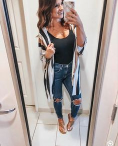 The History of Stylish Comfy Casual Spring Outfits For Women Refuted The Upside to Stylish Comfy Casual Spring Outfits For Women The fabric is just one of the key trends of the fall-winter. A blanket Fashion Mode, Fashion Outfits, Womens Fashion, Fashion Trends, Fashion Blouses, Fashion Belts, Fashion Scarves, Jeans Fashion, Fashion 2018