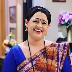 Indian Actress Images, Beautiful Indian Actress, Indian Actresses, Indian Beauty Saree, Indian Sarees, Photos Of Priyanka Chopra, Beautiful Smile, India Beauty, Woman Face